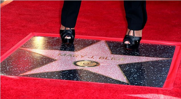 Mary-J-Bliges-Star-on-Hollywood-Walk-Of-Fame