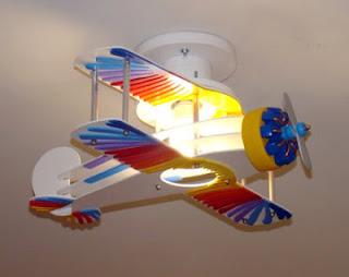quarto menino luminaria aviao