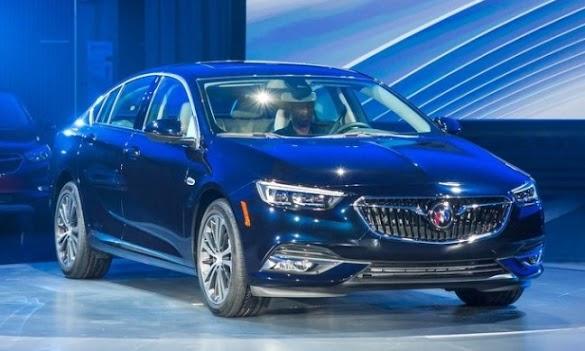 2018 Buick Regal Sportback Price - 2017 New York Auto Show