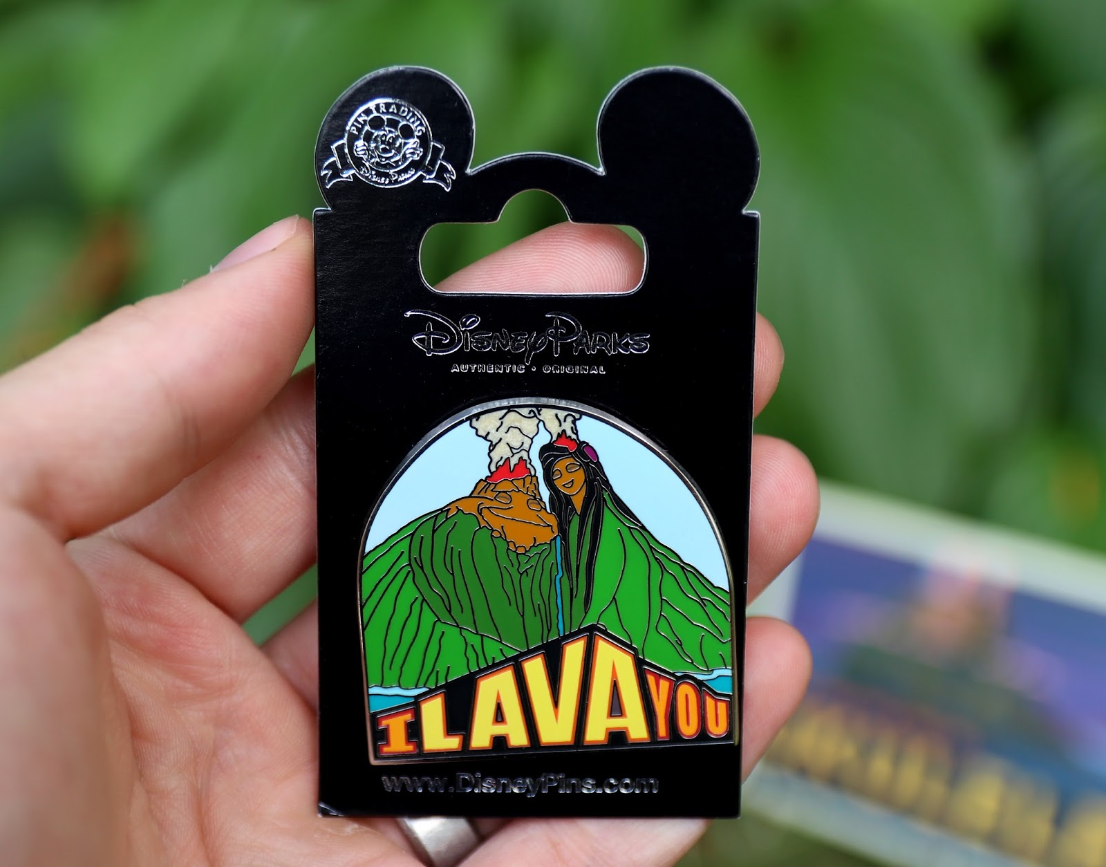disney parks pixar I Lava You pin
