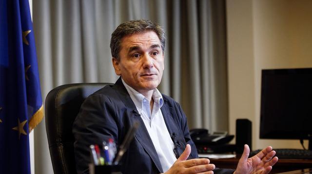 Τσακαλώτος: Λάθος που δεν ενημερώσαμε τους δανειστές για τις παροχές
