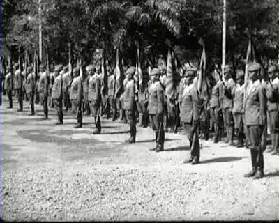 Tentara PETA sedang latihan di Bogor pada tahun 1944