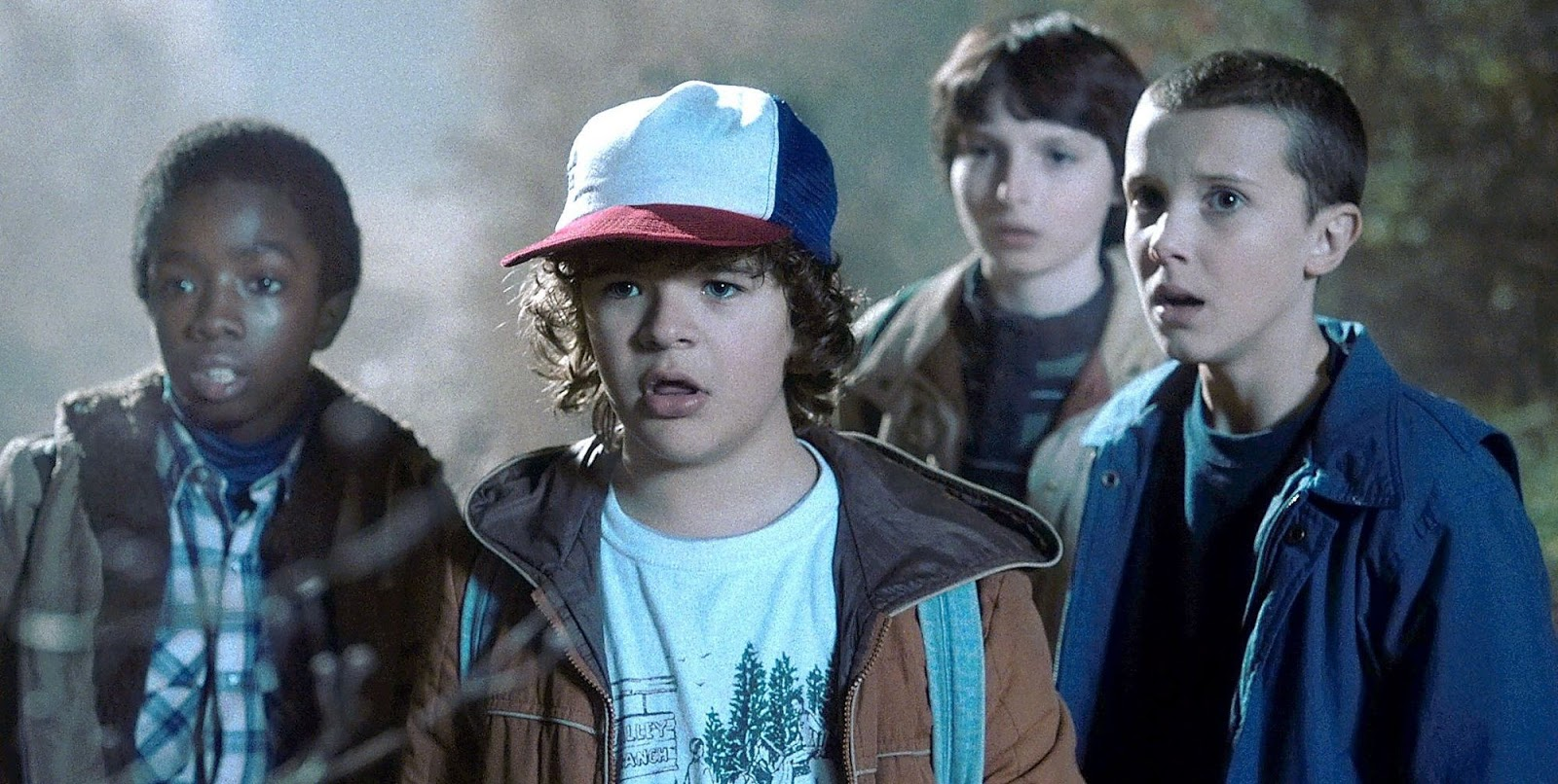 Los niños de Stranger Things durante un episodio de la serie