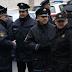 Rat s vlastima: Policijo, u čemu je problem?