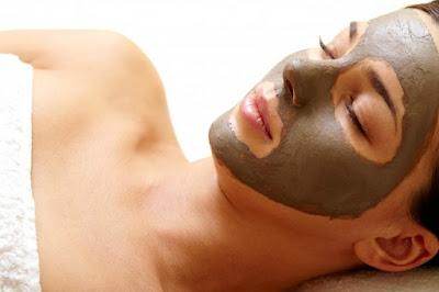 masque-argile-verte-peau-grasse