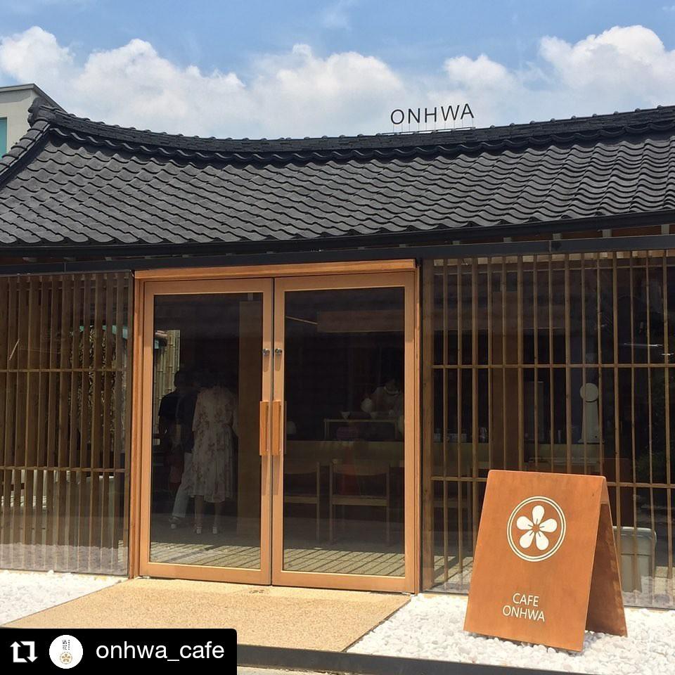 Onhwa คาเฟ่แพนเค้กซูเฟล่ชิค ๆ สไตส์ฮันอก มีหลายสาขาทั่วเกาหลี
