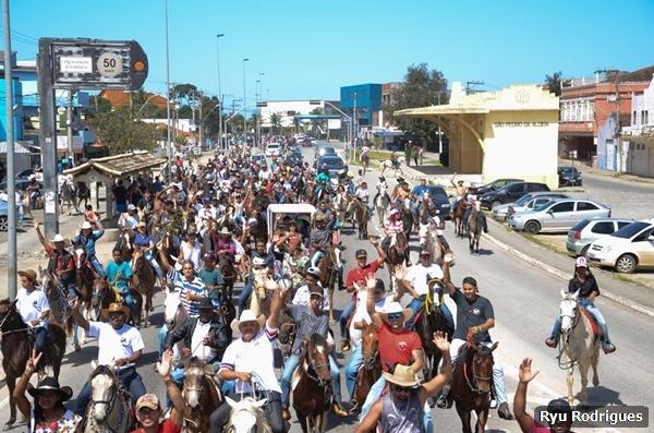 7 de setembro foi marcado por shows, competições e a tradicional cavalgada em São Pedro da Aldeia