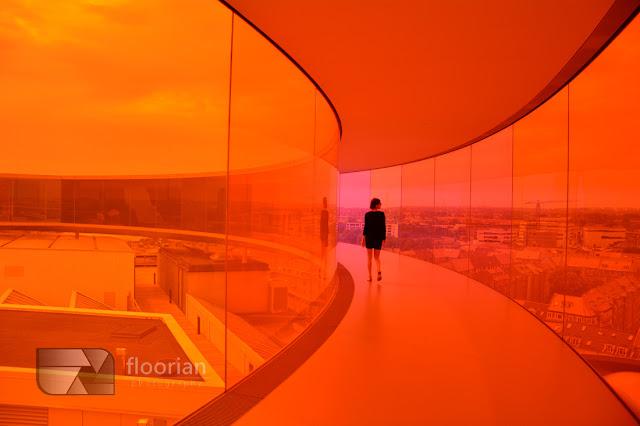 """""""Your rainbow panorama"""" w Muzeum Sztuki Współczesnej ARoS - największa atrakcja turystyczna w Aarhus w duńskim Aarhus"""