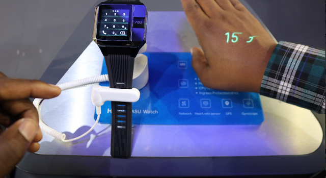 Haier Asu Smartwatch with a projector