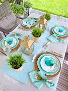Summertime Tablescape in the Backyard