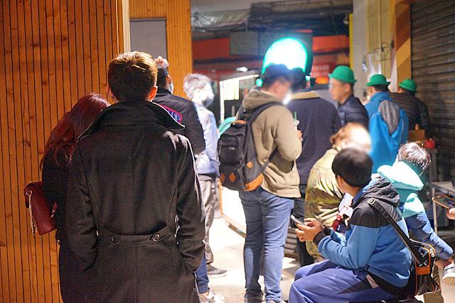 DSC09437 - 台中深夜食堂│深夜戴綠帽吃燒餅,綠帽燒餅試賣期間只到31號跨年夜,元旦就會先停售做修正(已歇業
