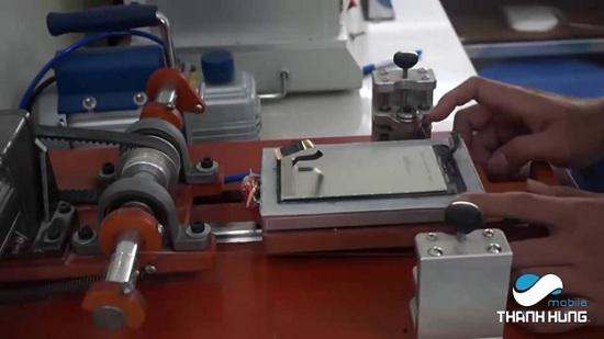 công nghệ hiện đại áp dụng trong việc thay mới mặt kính cảm ứng