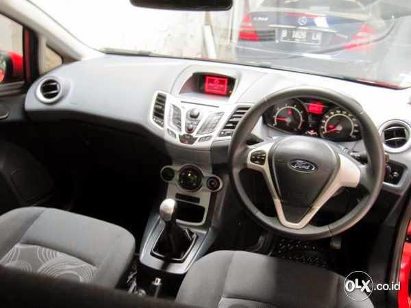 Info Ford Bekas Dijual Ford Fiesta Trend Merah 2011 Tangan Pertama
