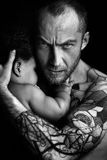 padre tatuado 8