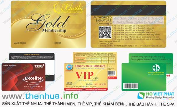In thẻ nhựa khách hàng dập nổi số Seri nhũ vàng uy tín