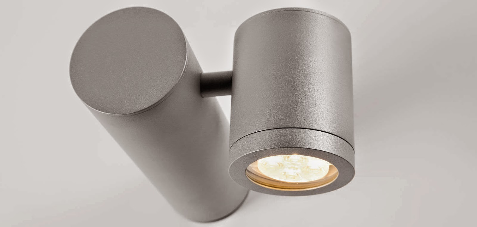 f85e7ae5d37 They can produce white light in two ways  one is to use particular  phosphors inside the LEDs ...