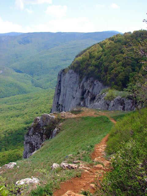 Горы Украины. Седам-Кая. Вид в сторону Большого каньона