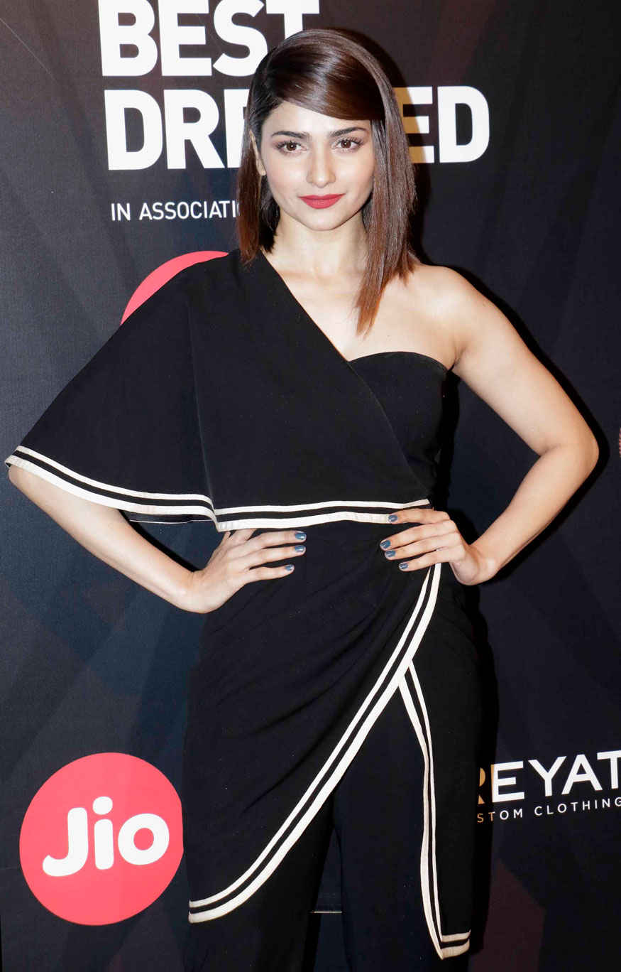 Kriti Kharbanda with Prachi Desai Attends The Event of GQ Best Dressed Awards
