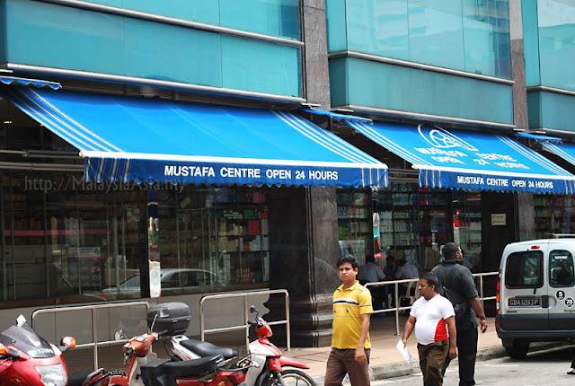 Singapore Mustafa Shopping