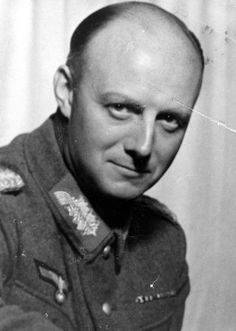 Henning von Tresckow Heroes of World War II worldwartwo.filminspector.com