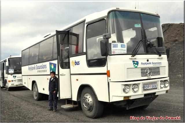 Autobuses hacia Landmannalaugar salen de Reikiavik y tienen varias paradas, la última en Hella.