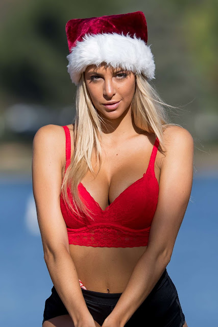 Bri Teresi – Christmas Photoshoot in Los Angeles