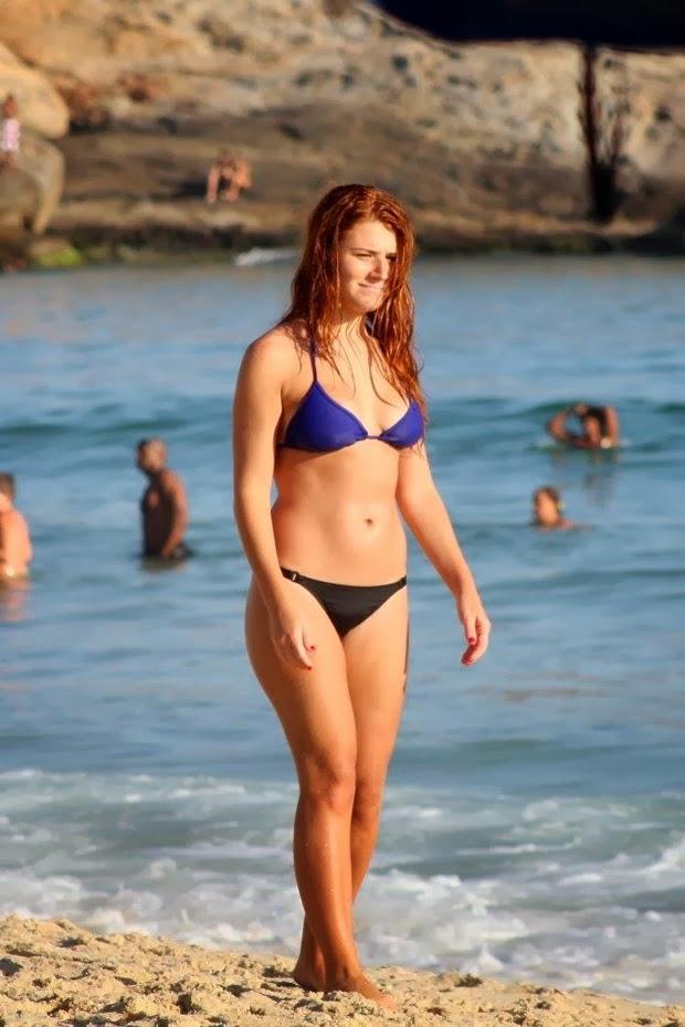 e30211c1c Mariah Rocha aproveita fim de tarde com o filho na praia ~ De Olho ...
