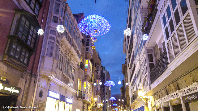 Iluminación Navidad Casco Viejo - Bilbao por El Guisante Verde Project