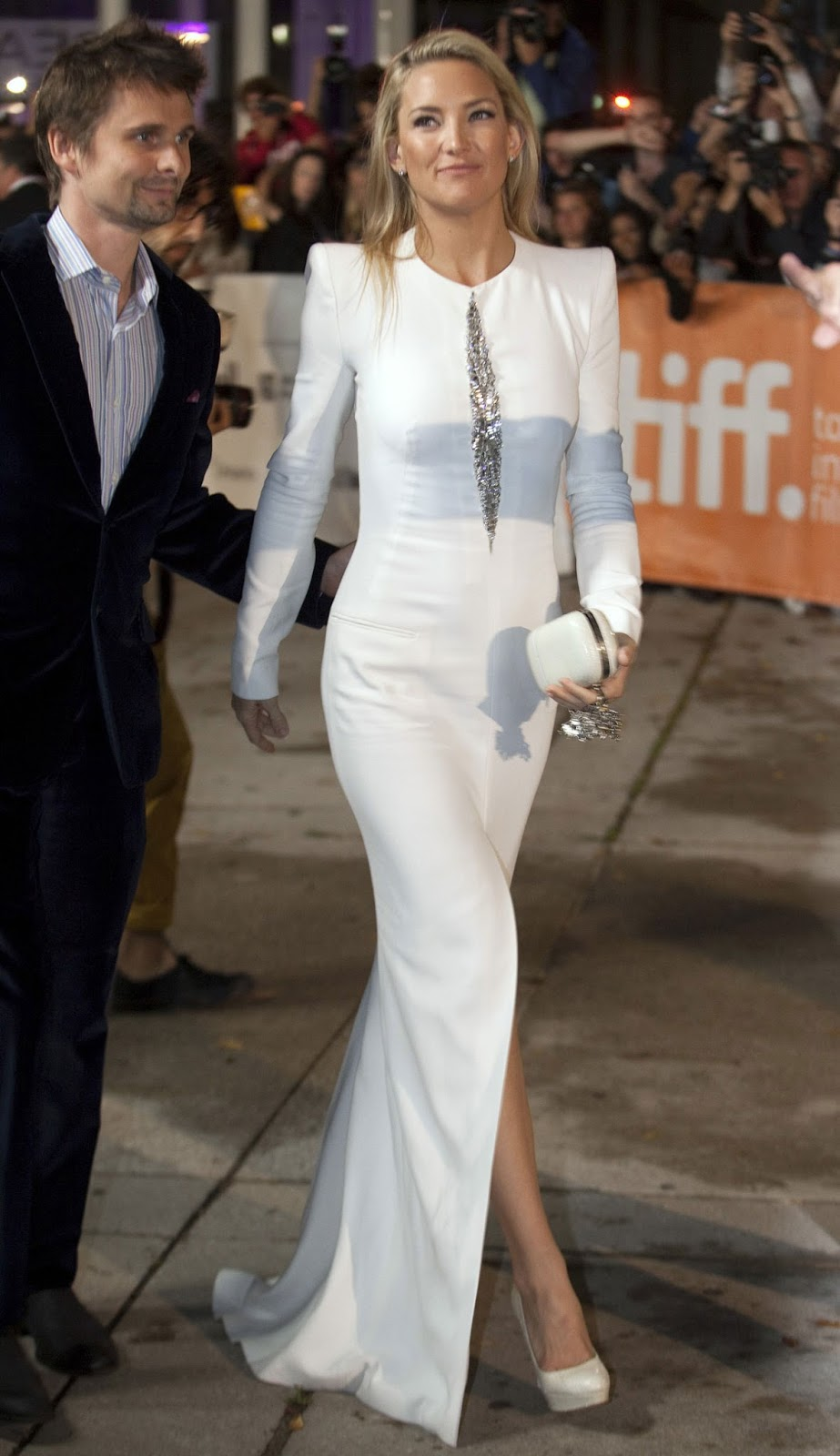HQ Photos of Kate Hudson in white dress At The Reluctant Fundamentalist Premiere At Toronto Film Festival