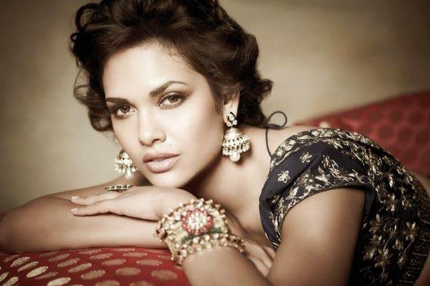 Esha Gupta looks hot in this photoshoot