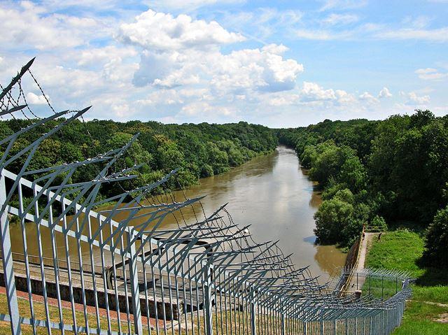 zabezpieczenie, elektrownia, zasieki, rzeka