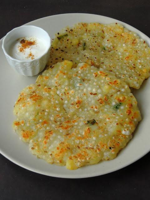 Sabudana Thalipeeth, Sago Pancakes