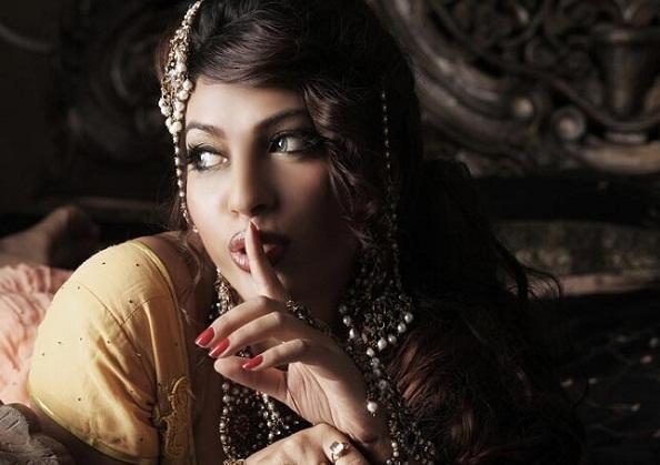 Priya Soni Hot Photoshoot