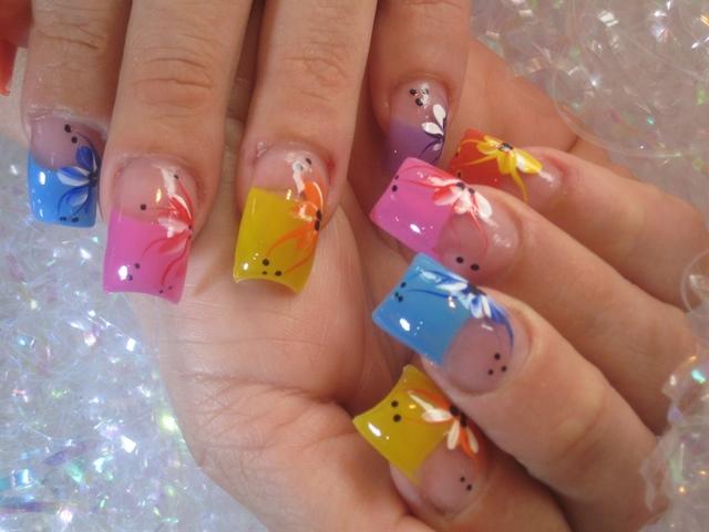 August 2011 Nail Art Polish Manicure Designs Photo: Popular Nail Designs -2011 Fashion