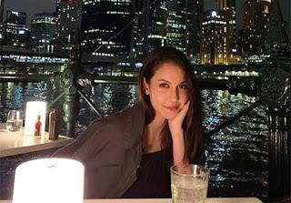 Estelle Linden pemeran Iklan Fitbar Tiramisu Delight