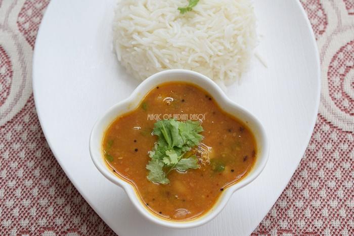 Gujarati Dal Recipe | Khatti Meethi Tuvar Dal | Gujarati Toor Dal - Magic of Indian Rasoi - Priya R