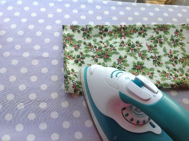 How-to-Sew-a-Gift-Basket-for-Christmas-fabric-and-iron