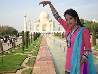 Humaira Himu with Taj