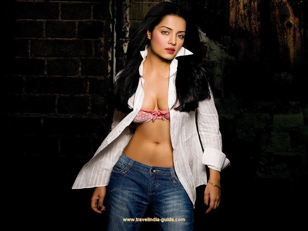 Celina Jaitley ~ Bollywood HD Hot Photos Gallery