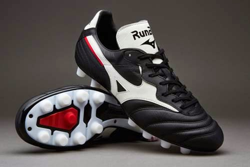 best sneakers 0cb41 d75f8 Limited Edition Mizuno Morelia RunBird Black and White