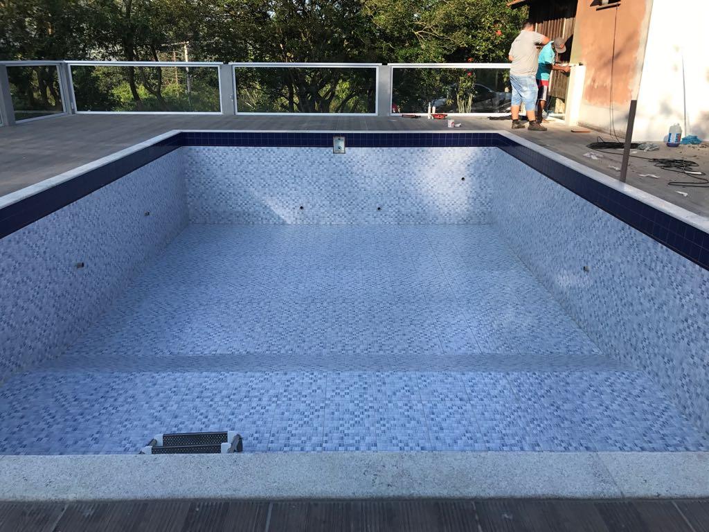 Piscina online construindo a piscina de concreto dreno for W piscinas