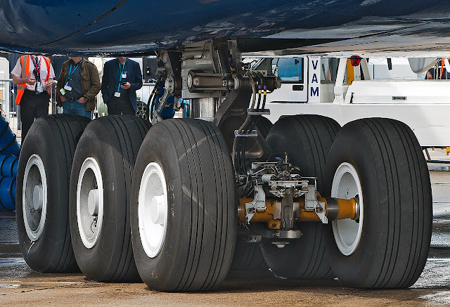 How are aircraft tires built?