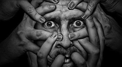 http://www.pusatmedik.org/2016/06/definisi-penyebab-dan-pengobatan-serta-gejala-klinis-gangguan-naurotik-menurut-ilmu-kedokteran.html