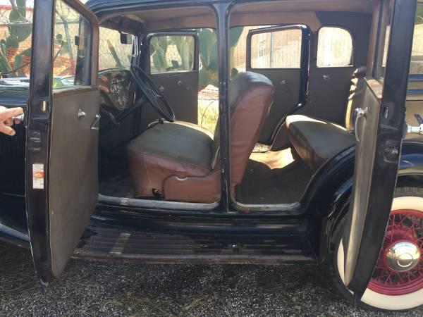 1931 Rockne 65 Interior