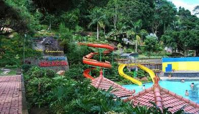 Wisata Taman Rekreasi Selecta Malang Jawa Timur
