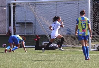 Vitória bate o Jequié e vai a final do Baiano feminino 2019