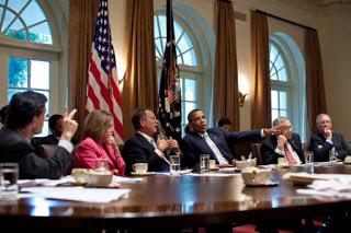 Tipe Budaya Politik Berdasarkan Sikap dan Orientasi Politik