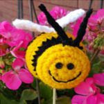 http://www.ravelry.com/patterns/library/bee-happy