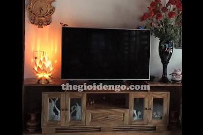 Thế Giới Đèn Gỗ - Đèn gỗ trang trí hoa quỳnh để bàn rất thích hợp để phòng khách