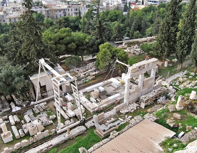 Αναστηλώνεται ο ναός του Ασκληπιού στην Ακρόπολη